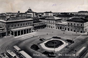 Bologna - Piazza Medaglie d'oro e Stazione