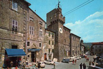 Santa Fiora - Piazza Garibaldi e Torre Aldobrandesca