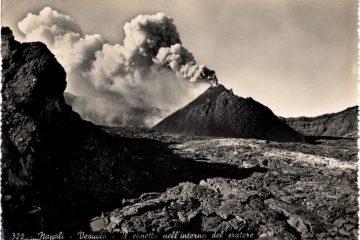 Napoli - Vesuvio - il conetto nell'interno del cratere